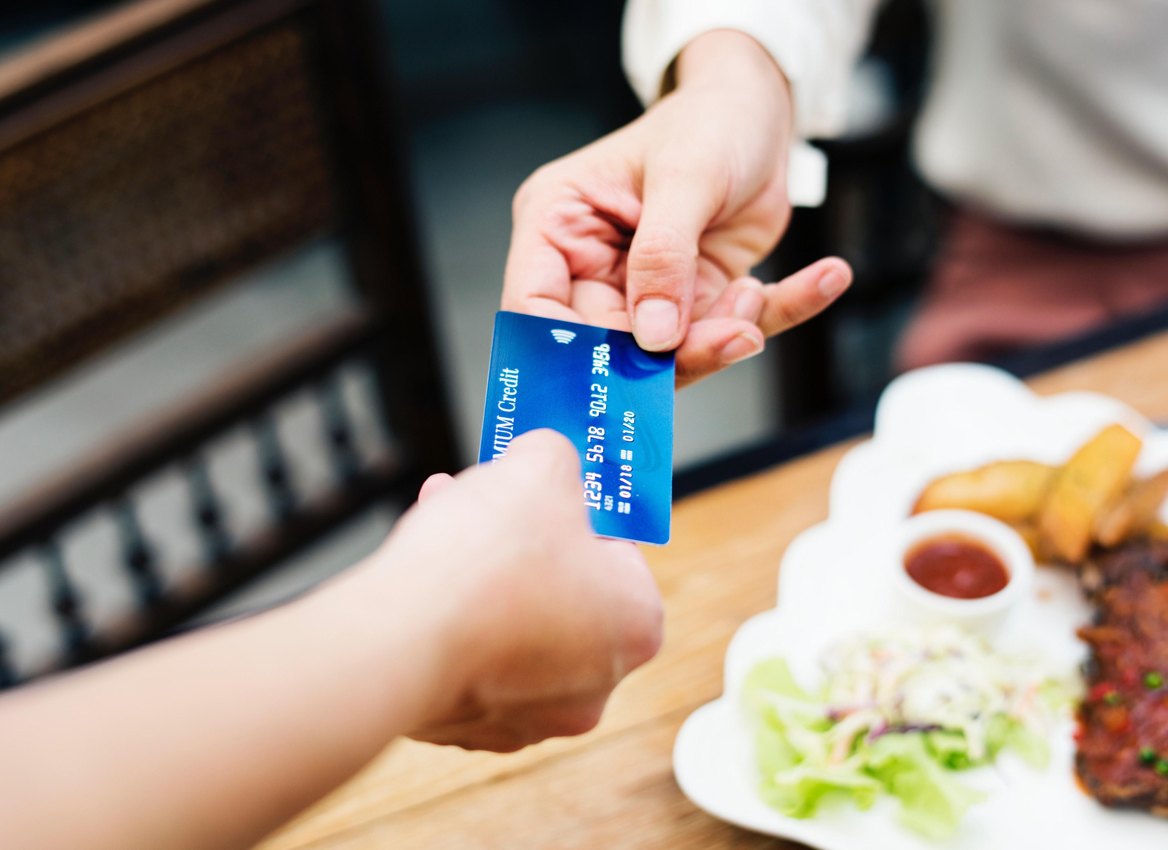 banking-card-credit-card-1332191 (1)